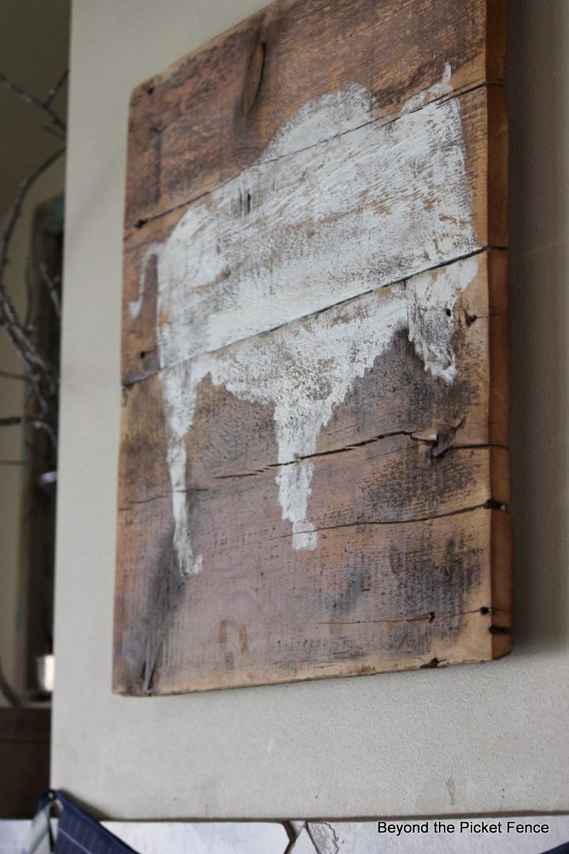 bison art reclaimed wood http://bec4-beyondthepicketfence.blogspot.com/