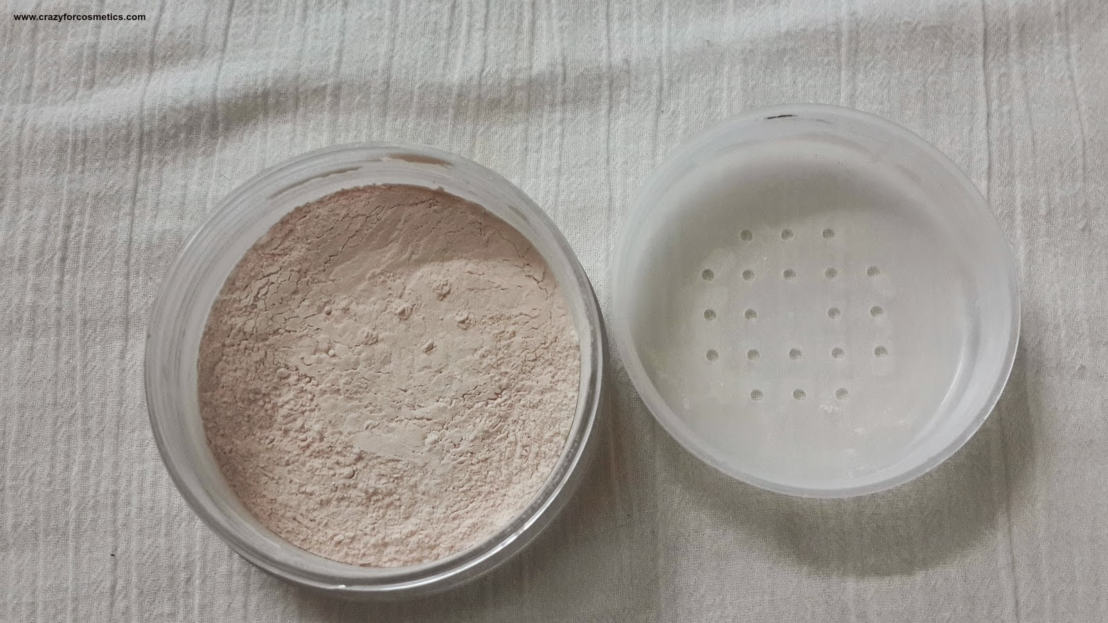 KANEBO MEDIA MAKEUP JAPAN LOOSE POWDER AA SPF18 PA++ LUCENT-kanebo media loose powder-kanebo media pressed powder-face powder review-compact powder review
