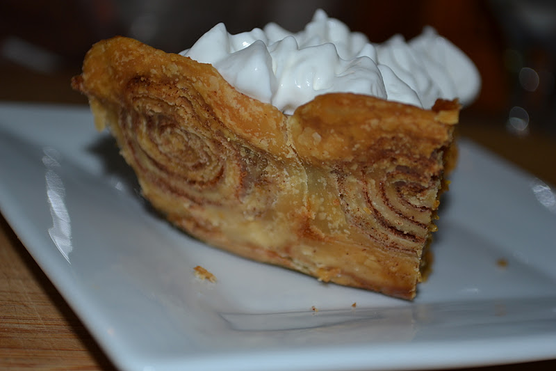 Delectable Delights with Rebecca: Pumpkin Pie with Cinnamon Roll Crust