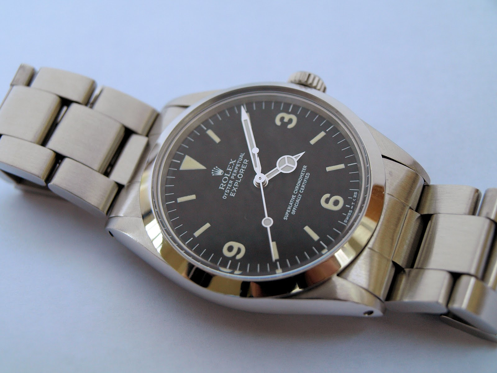Vintage rolex oyster the ultimate classic wristwatch grey fox for Vintage rolex oyster