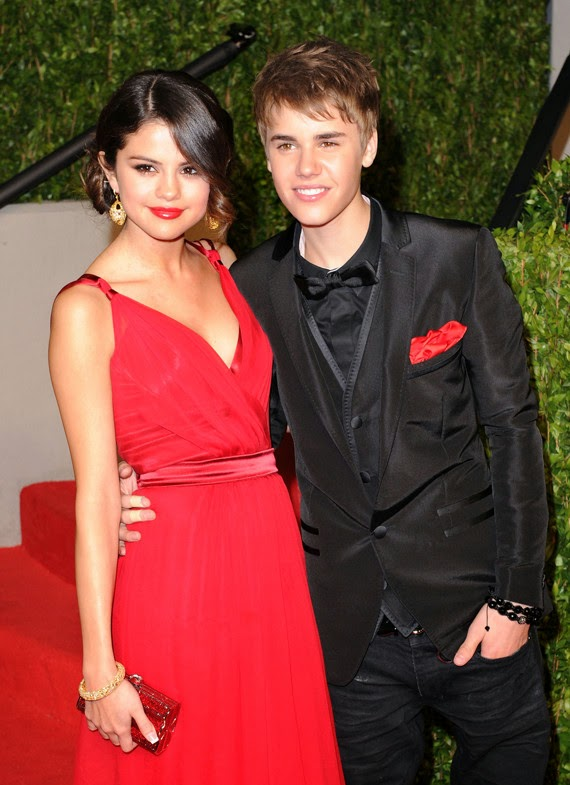 Justin Bieber Dating with Salena Gomez