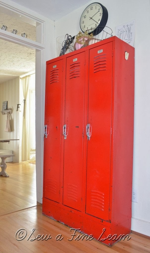 Ibp Decorating With Lockers Giveaway