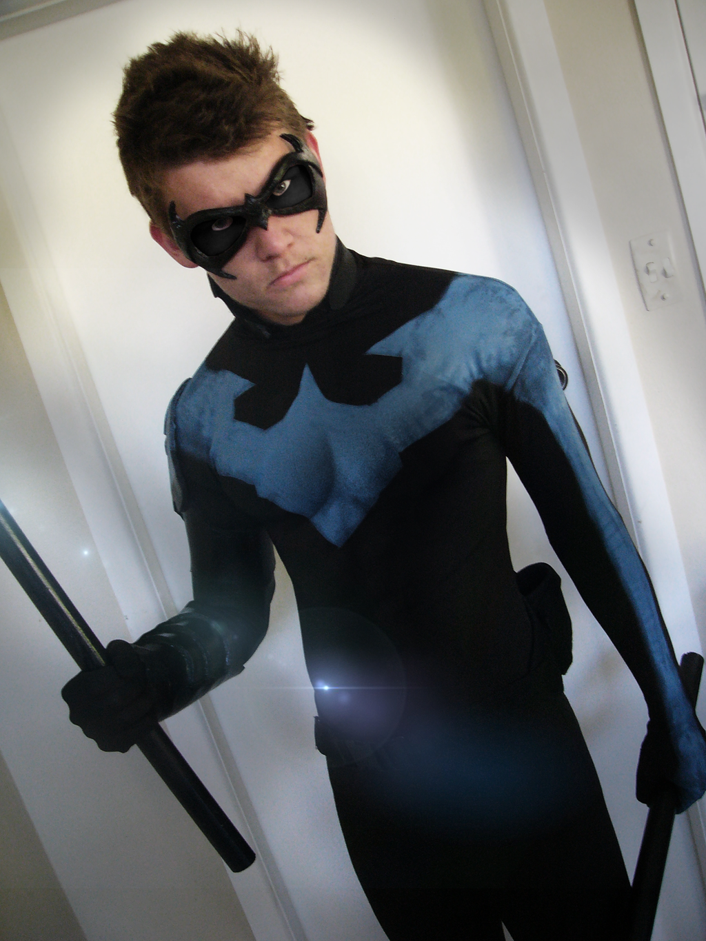 Red Robin/Nightwing mask /costume build with casting photos!