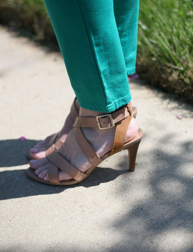 Loft, Vince Camuto, Old Navy, Tory Burch, Prada, Stella Dot, Yuni Kelley designs, Michael Kors, LosPhoto, Mix and Match color, mama said monday, lulu looks, Simply Lulu Style, put together outfits,