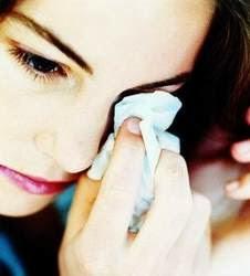 penyebab wanita menangis bahagia