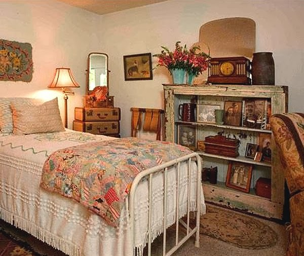 vintage style decorating ideas-vintage theme bedrooms