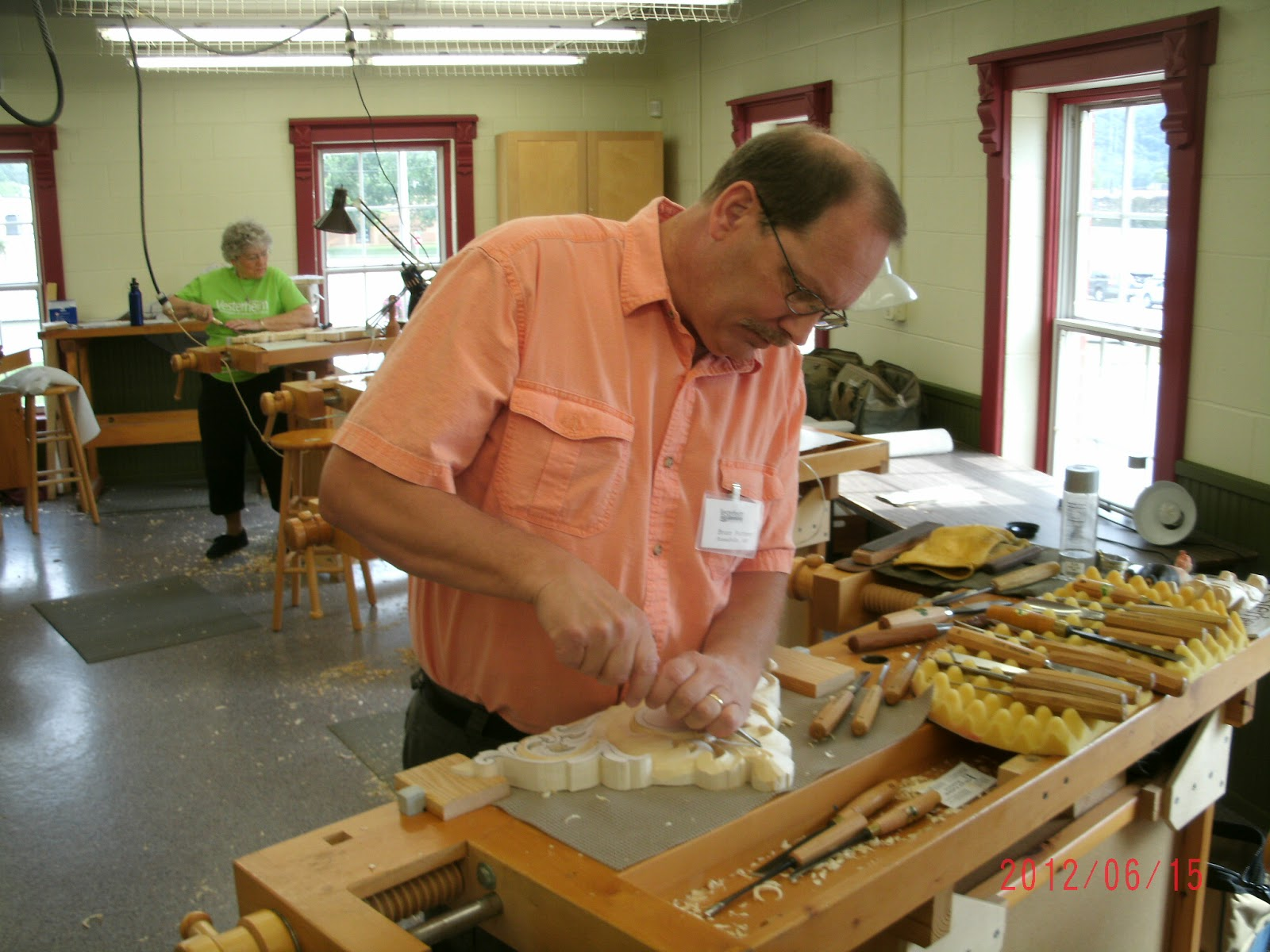 Bruce futterer woodcarving acanthus carving class at