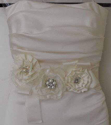Flores en tela para vestidos de novia