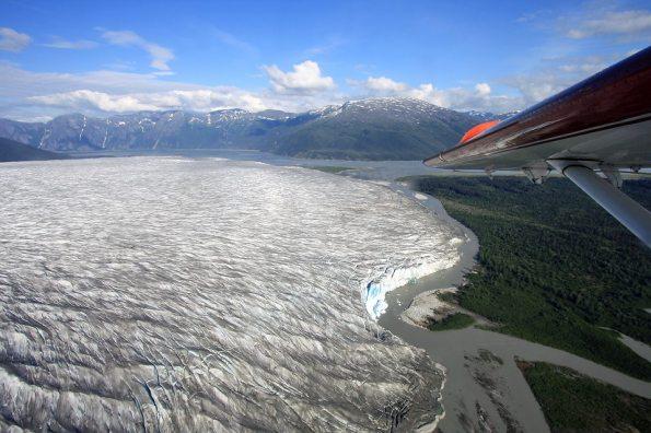 Glaciar Taku en Alaska