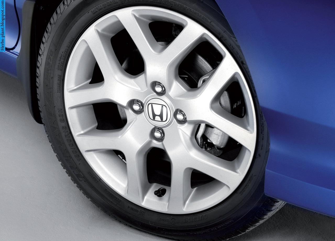 Honda city car 2013 tyres/wheels - صور اطارات سيارة هوندا سيتى 2013