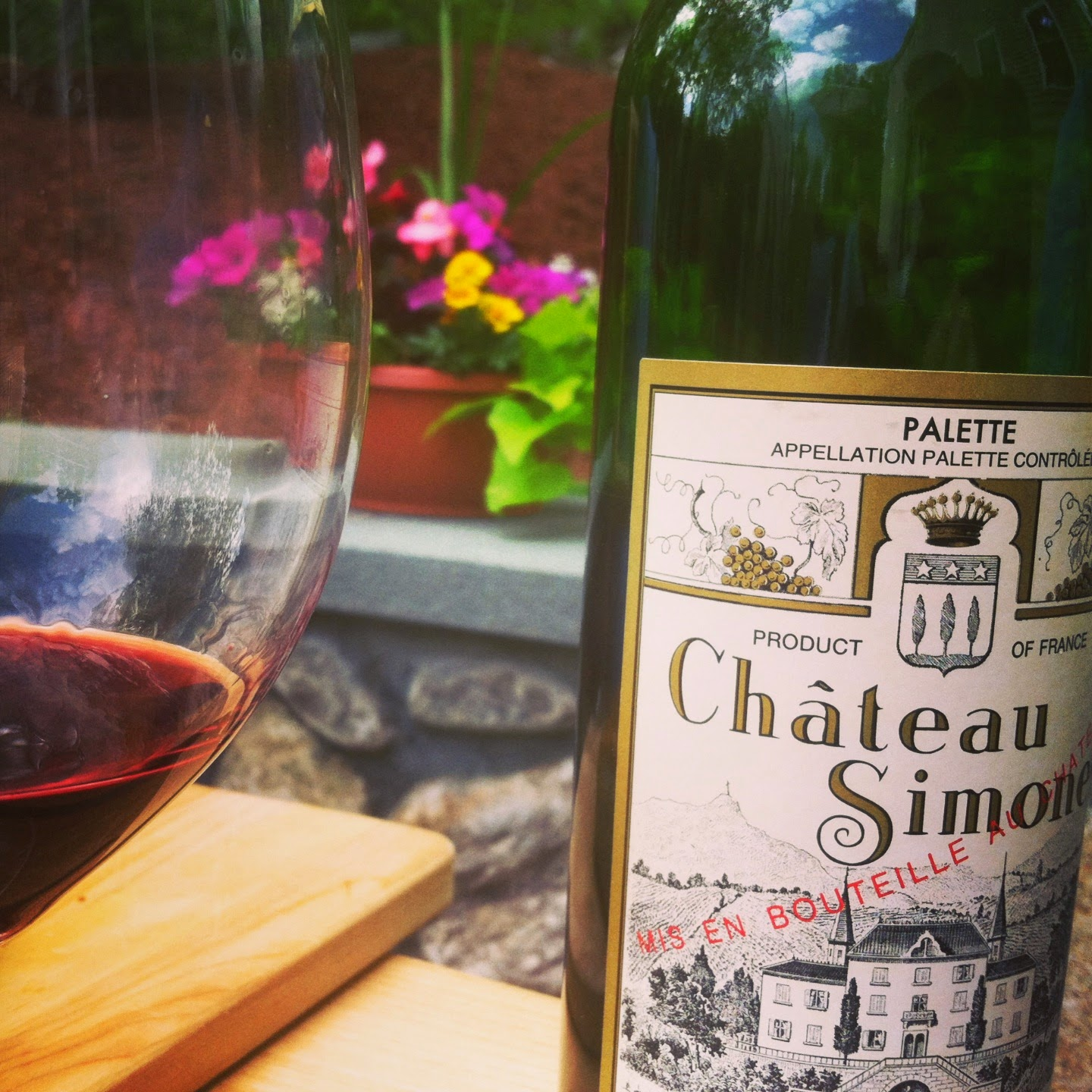 What wine do you like to sip on the patio? Share it with us for #winePW! The Chateau Simone is great on patio or anywhere.