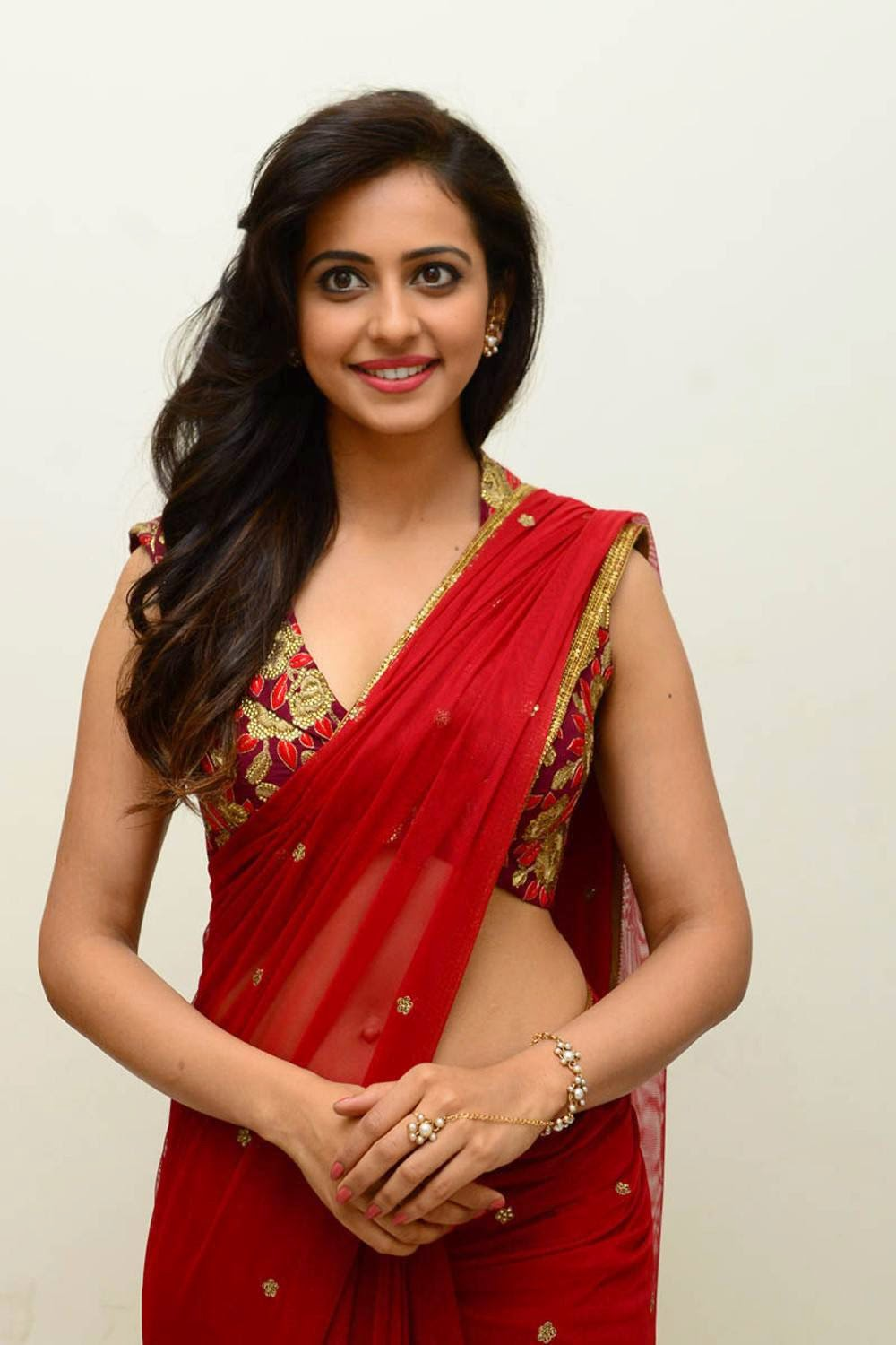 [Image: Rakul-Preet-Singh-Stills-At-Tiger-Movie-...nch-27.jpg]