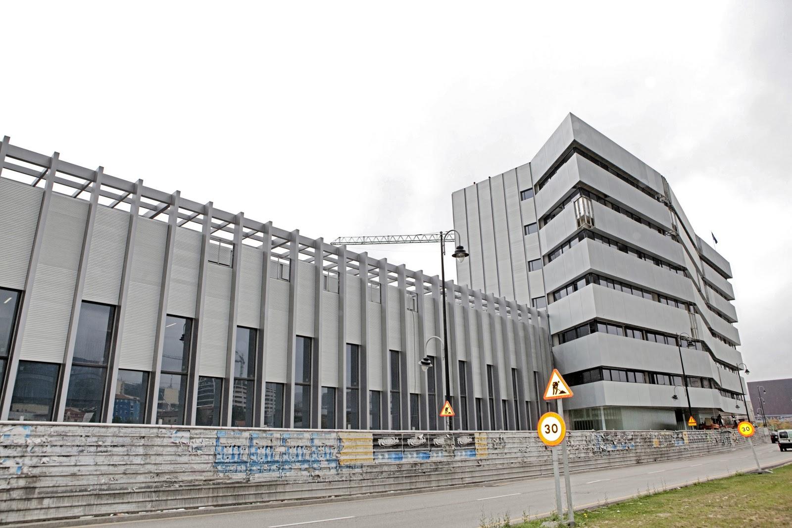 Edificios de bilbao cl nica imq en zorrozaurre medicina for Imq oficinas centrales bilbao bilbao