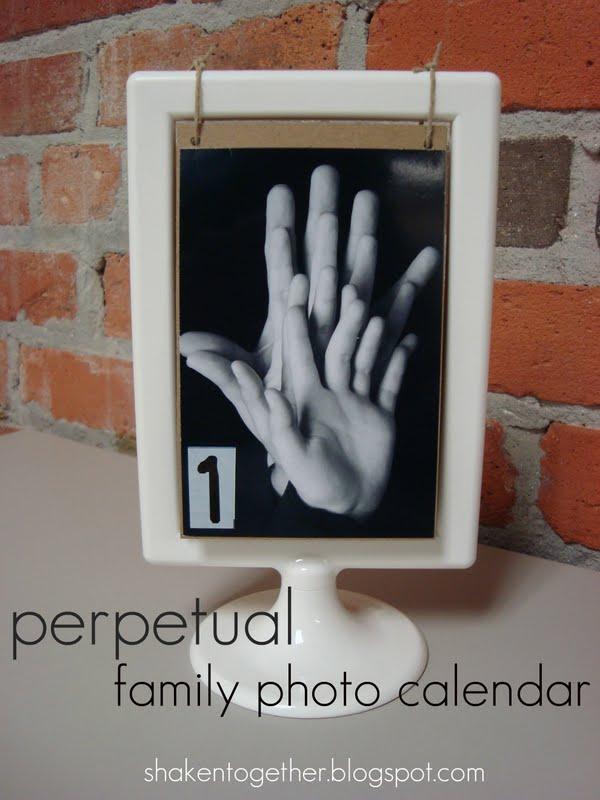 Calendar Design Using Photo : Create this perpetual family photo calendar using a