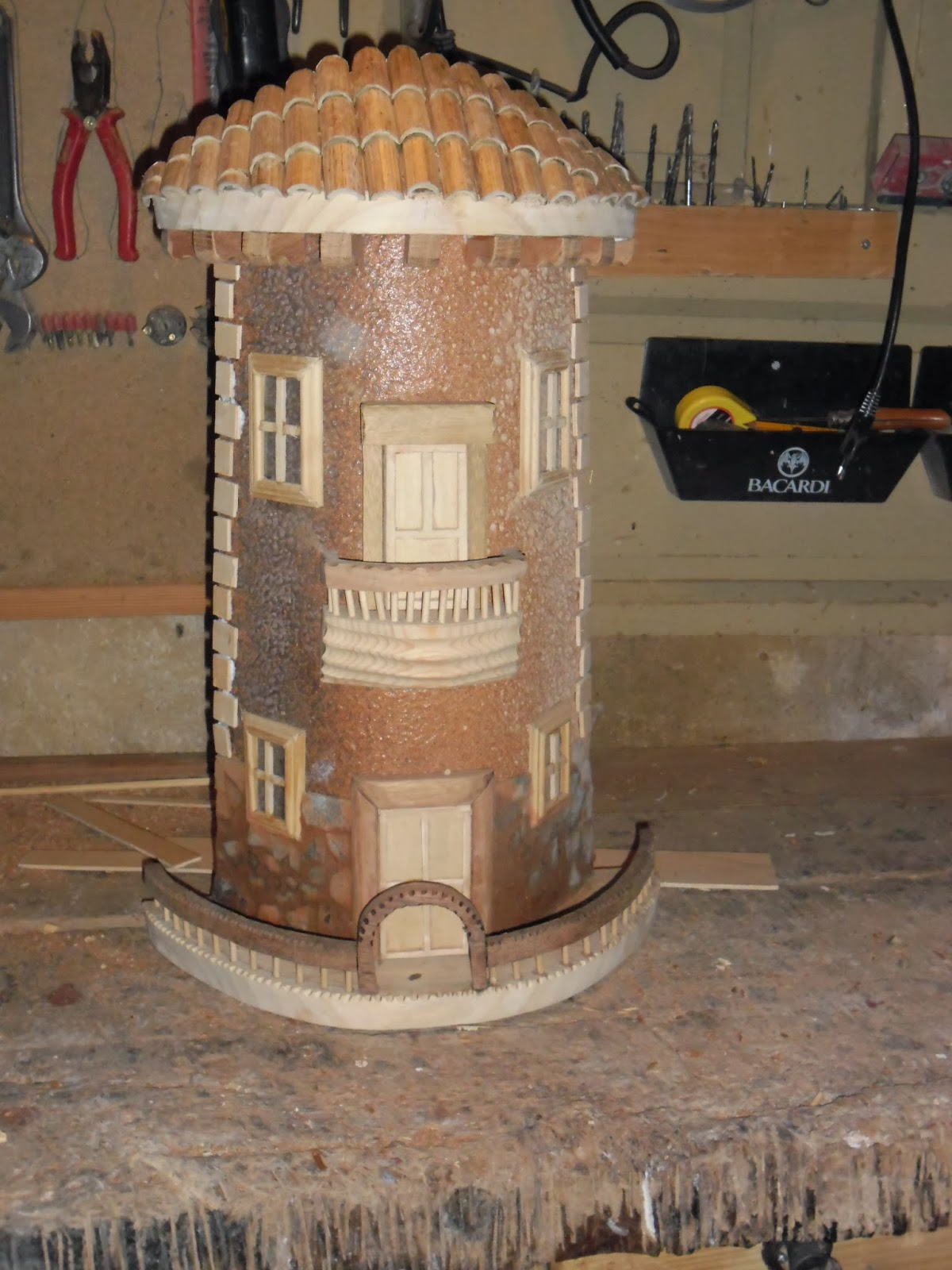 Muebles hechos con piques obtenga ideas dise o de for Cosas hechas de madera