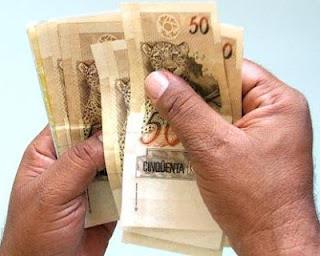Valor do salário mínimo em 2013 poderá ser de R$ 667