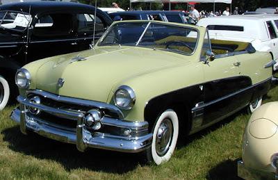 Ford Crestliner
