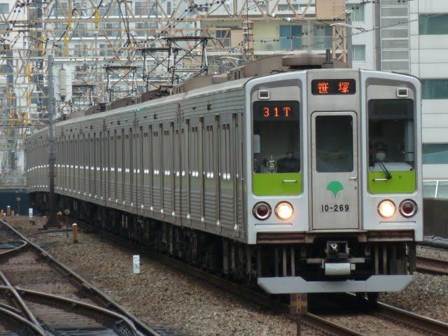 都営新宿線 各停 笹塚行き2 10-000形260F