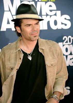 MTV Movie Awards 2011 - Página 4 MMAtapete157