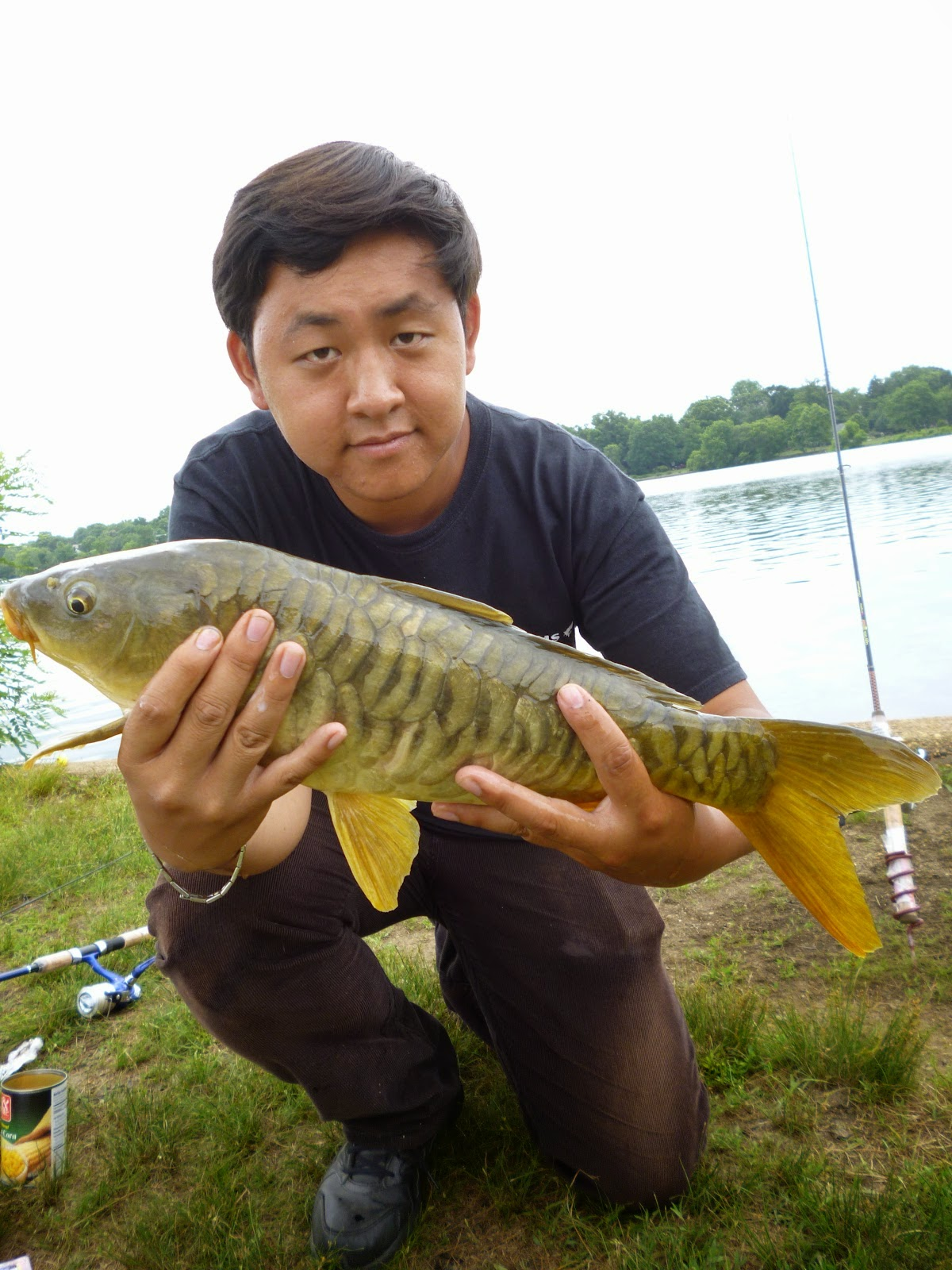 extreme philly fishing introducing the cooper river lake and the i holding our respective common carp at the cooper river lake during the warmer months it s not that uncommon to see two rods bending consecutively
