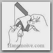 Bước 9: Dùng tay tạo độ cong cho cánh.
