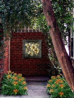 Garden Wall Decoration Idea-Murals