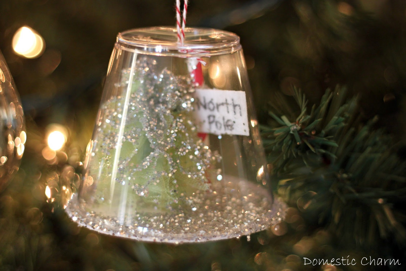 Domestic charm homemade christmas ornament for Home made christmas tree decorations
