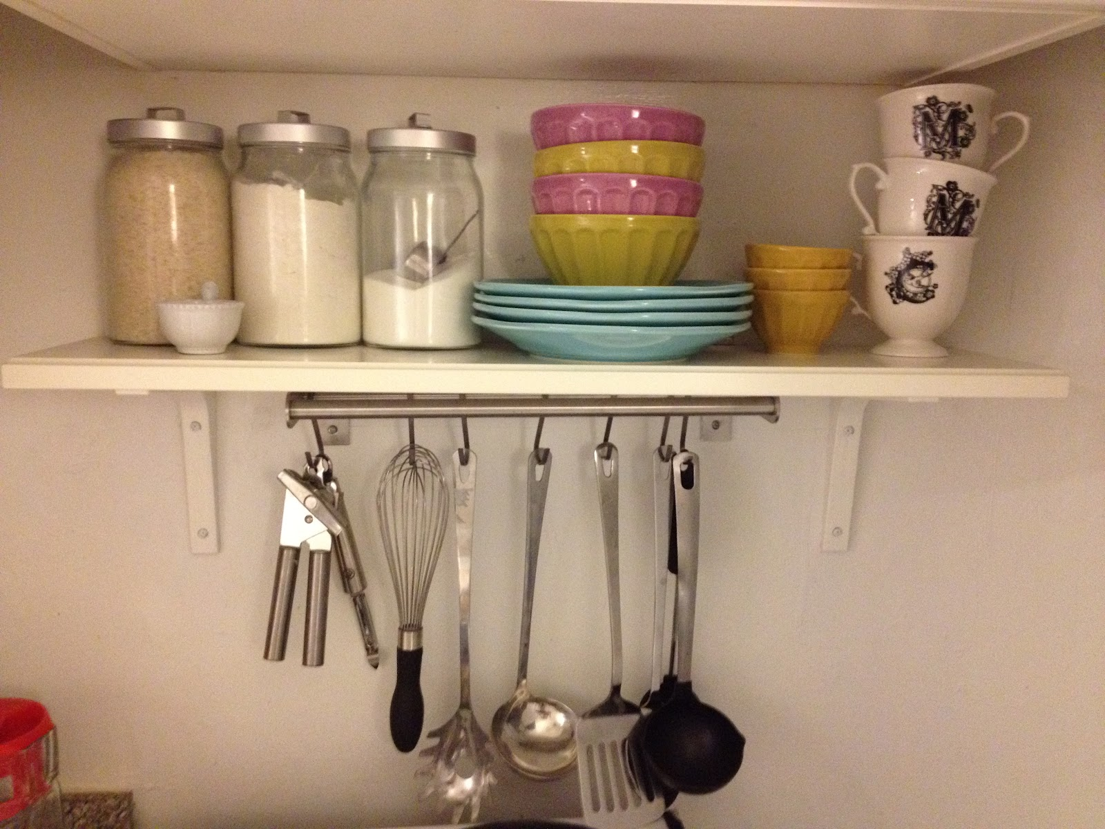 Claire crisp diy small kitchen organizing ideas for Kitchen organization ideas