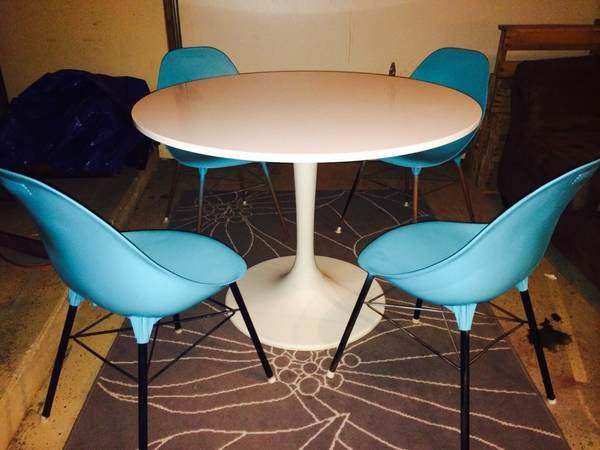Austin Craigslist. Table And Chairs   $145