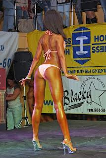 бикини модель купальник для фитнес бикини