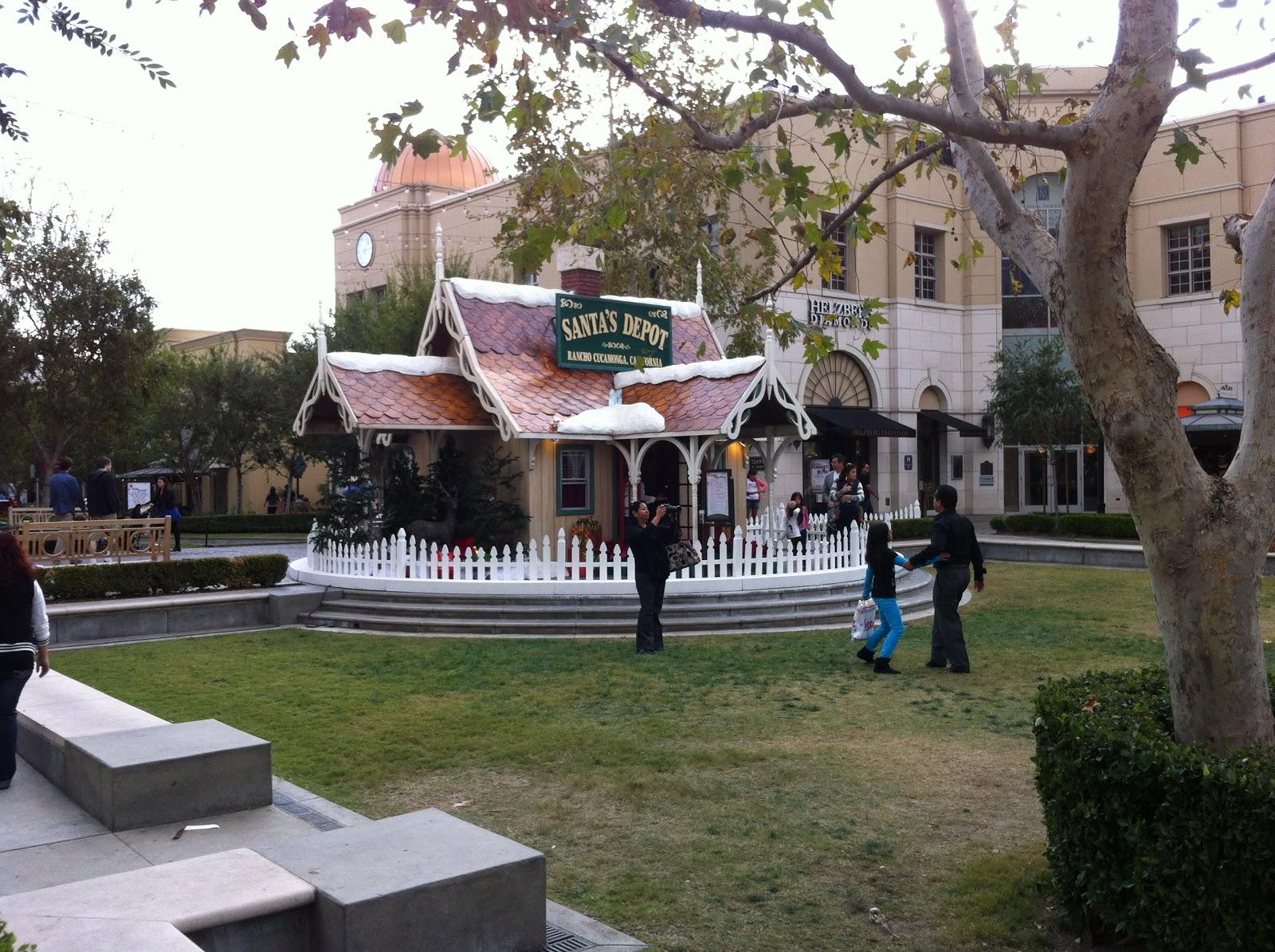Christmas At Victoria Gardens Mall Rancho Cucamonga Ca Joan Patterson And Associates