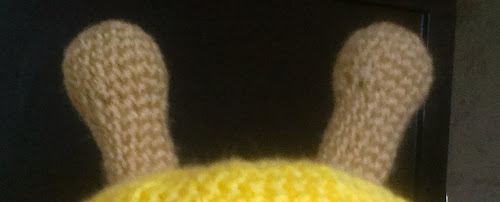Схема вязания детской шапки крючком Жираф рожки