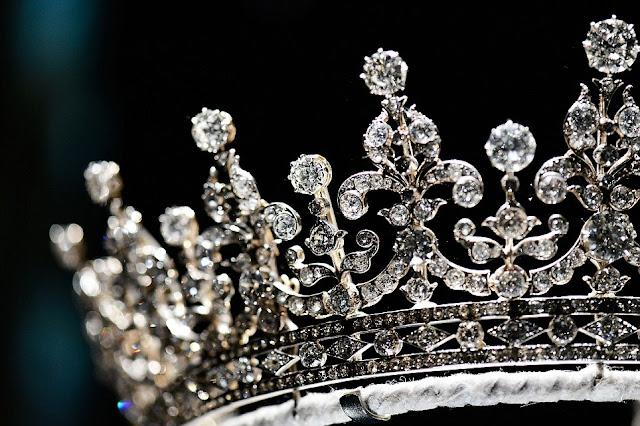 Королевские бриллианты в Букингемском дворце