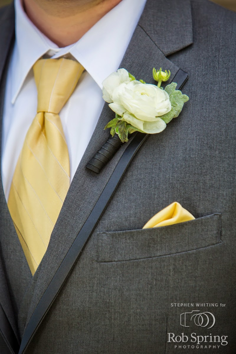 Lake George Wedding Flowers - Boutonniere - Top of the World Golf Resort Wedding - Lake George Wedding - Upstate NY Wedding - Lake George NY Wedding - Splendid Stems Floral Designs