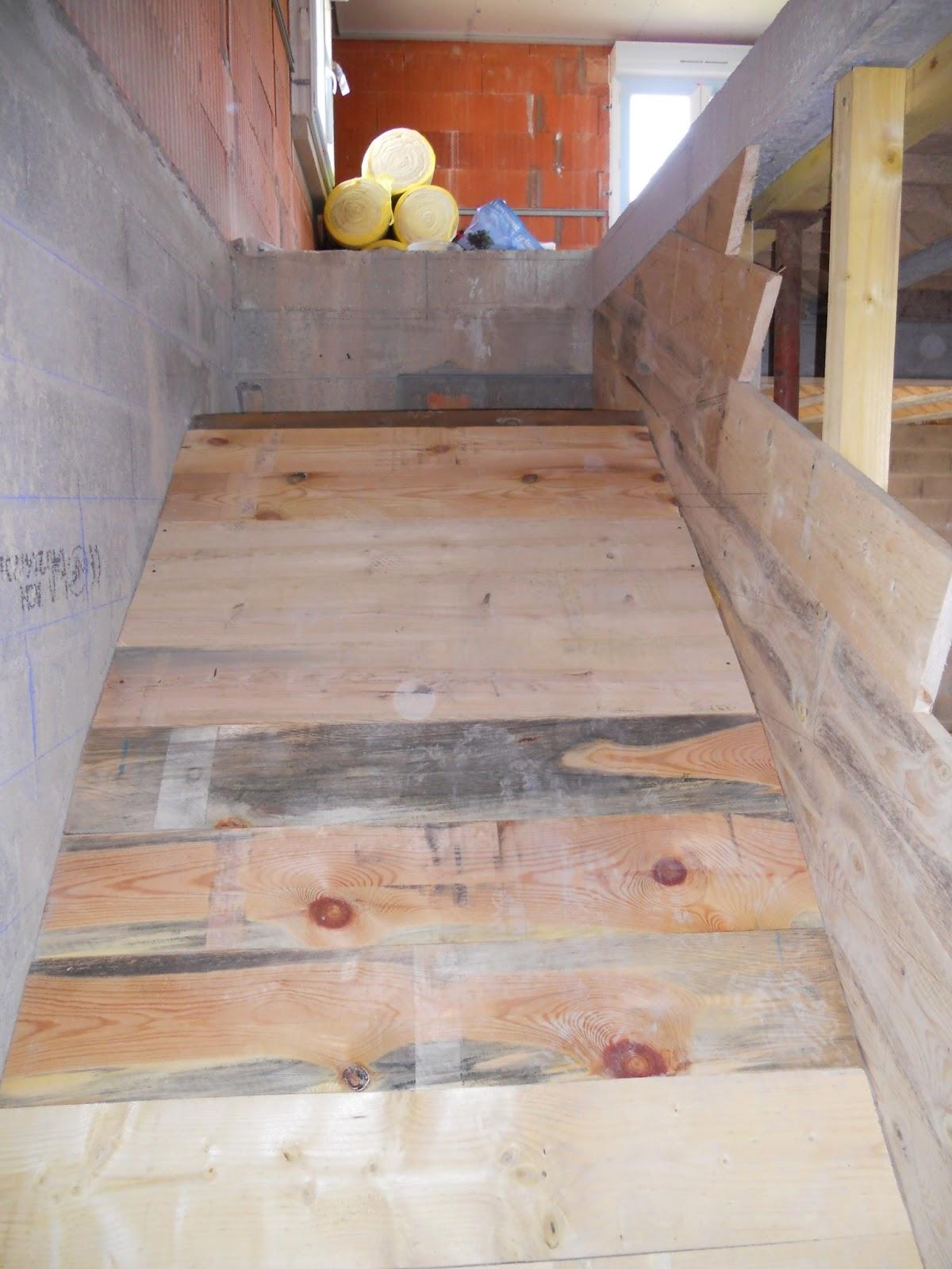 Ap ricube d marrage du coffrage du double quart tournant - Coffrage escalier beton quart tournant ...