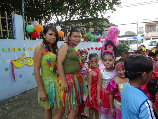 Sandy la q trabaja en iguana producciones - 5 4