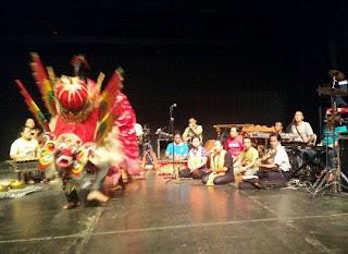 Barong Osing dan gandrung tampil di festival museum di Frankfur
