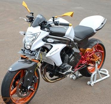 Kawasaki-ER-6n-2012-modifikasi