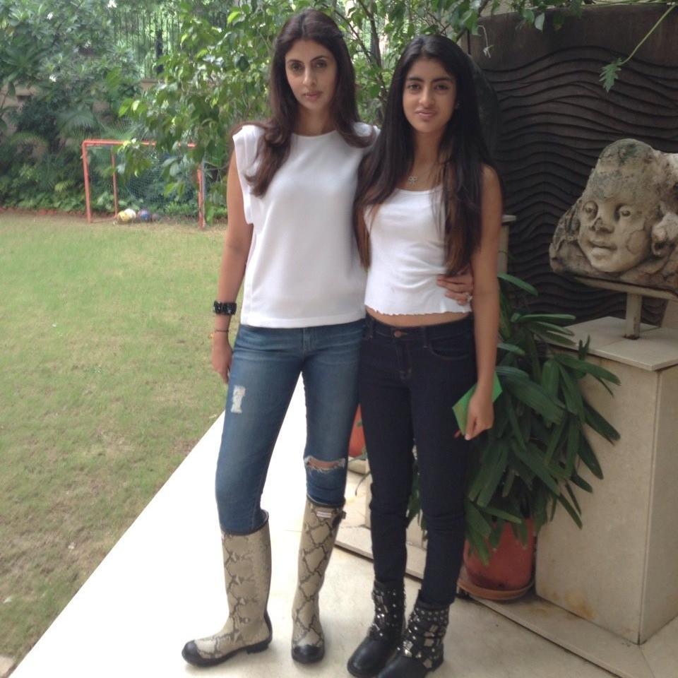 Shweta Bachchan Nanda & Navya Naveli Nanda Unseen Pic ...
