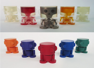 New York Comic-Con 2012 Exclusive O&#8217;Bot Resin Figures by Carbon-Fibre Media - Glow in the Dark Ghost in the O&#8217;Bot & Original O&#8217;Bot
