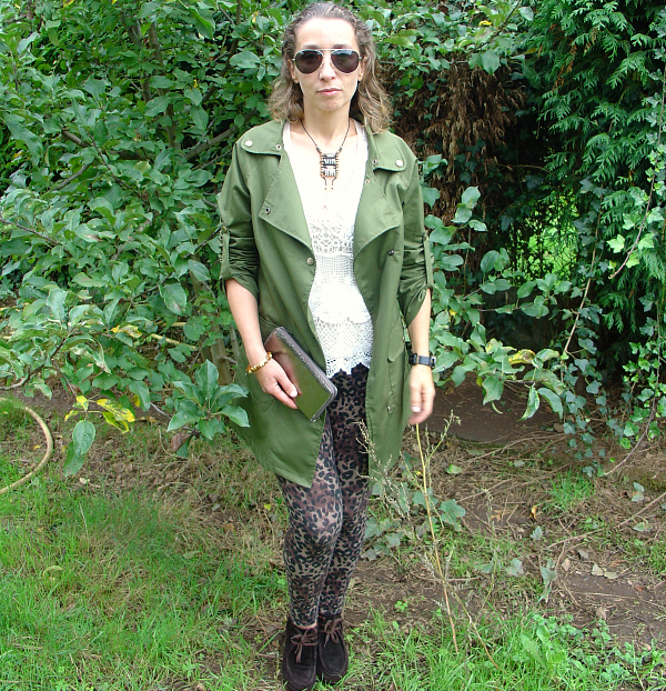 OOTD military chic. Visit www.forarealwoman.com  #fashion #blogger