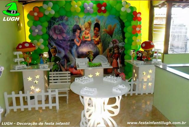 Decoração provençal com o tema Tinker Bell (sininho) para festa de aniversário infantil