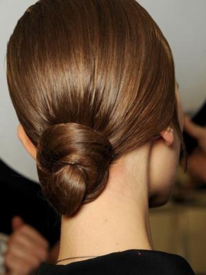 peinados recogidos rodetes