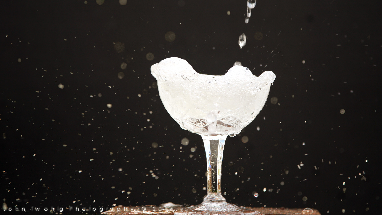 Champagne by John Twohig Photography CC via flickr