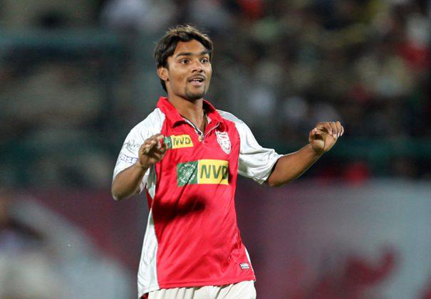 Sandeep-Sharma-KXIP-vs-DD-IPL-2013
