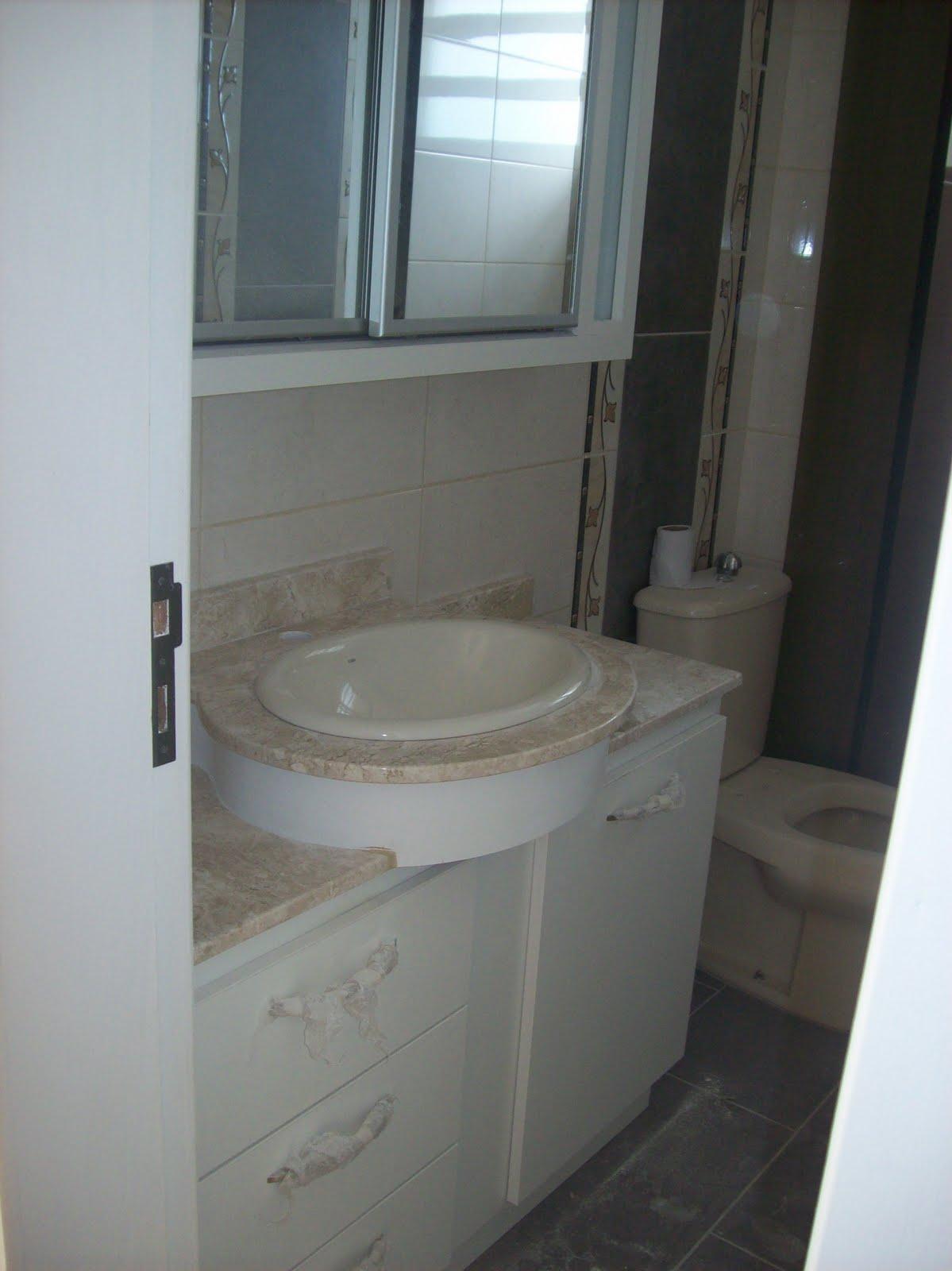 lavabo é o cartão de visita da casa. Pequeno pode ser montado de  #566775 1199x1600 Armario Banheiro Pequeno