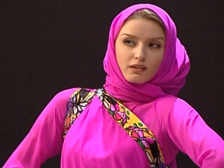 Muslim Women Fashion Dresses Collection 2012 Pakistani Picture