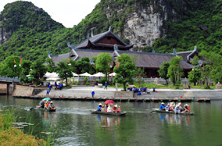 river-Hoa Lu Ancient Capital