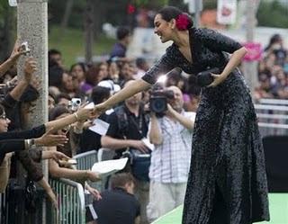 Dabangg Girl Sonakshi Sinha At IIFA Awards Photos And Videos