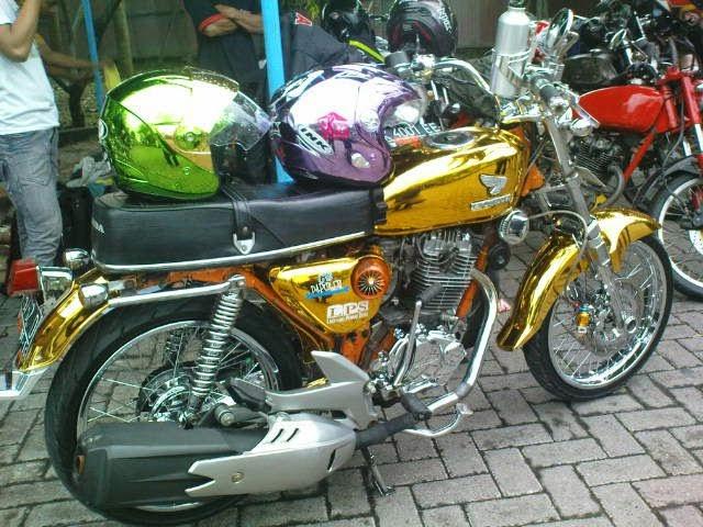 Modifikasi Honda CB 100 dan CB 150